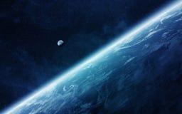 Взгляд луны близко к земле планеты в космосе Стоковое Изображение