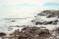 Взгляд утеса на пляже Стоковое Изображение