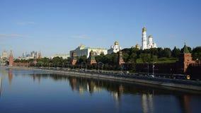 Взгляд утра лета Москвы Кремля, timelaps сток-видео