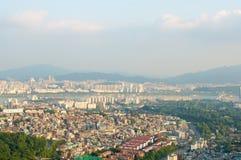 Взгляд улицы города Сеула от верхней части в лете Стоковое Фото