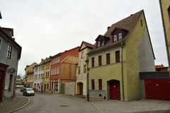 Взгляд улицы на Wenzelsstrasse в Naumburg Стоковые Фото