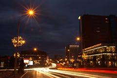 Взгляд улицы ночи и здания 2 Стоковое Изображение RF