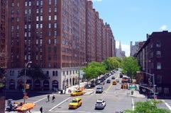 10 взгляд улицы Av W23 от парка высокой ветки Стоковые Изображения
