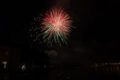 Взгляд фейерверков на озере garda Стоковое Изображение