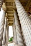 Взгляд фото на историческом здании австрийского парламента стоковое фото rf