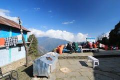 Взгляд холма Poon в Непале стоковое фото rf