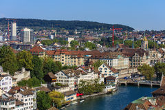 Взгляд Цюриха от башни собора Grossmunster Стоковые Фото