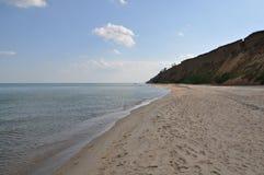 Взгляд Чёрного моря В выходных после полудня в солнечном дне Стоковое Изображение