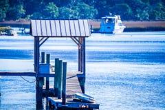 Взгляды водного пути и болота на острове Южной Каролине johns стоковая фотография