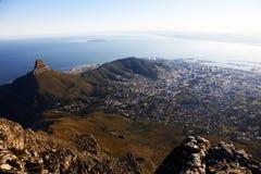 Взгляды Кейптауна от горы столешницы, Южной Африки Стоковое Фото