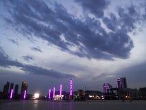 Взгляды над городом - красивым городом Huludao облаков, провинцией Ляонина, портовым районом CBD Китая Longwan Стоковое Изображение RF