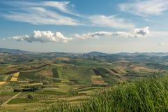 Взгляды на культивируемых холмах Стоковые Фото