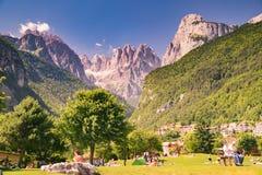 Взгляды доломитов, итальянские горные вершины Стоковое Фото