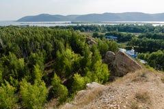 Взгляды реки от горы Стоковая Фотография RF