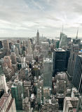 Взгляд Эмпайра Стейта Билдинга и Манхаттана от центра Рокефеллер, Нью-Йорка, США Стоковое Изображение RF