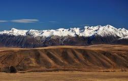 Взгляд южных горных вершин от tekapo озера Джона держателя Стоковое фото RF