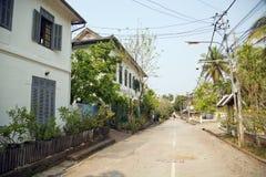взгляд лёгкого ослабляет улицы Luang Prabang, Лаос Стоковое Изображение RF