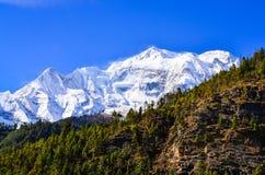 Взгляд Annapurna II горного пика Гималаев Стоковая Фотография