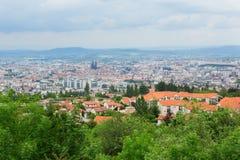 Взгляд Clermont-Ferrand в Auvergne, Франции Стоковое фото RF