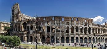 Взгляд Colosseum Рима панорамный Стоковые Фотографии RF