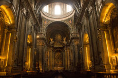 Взгляд Genetal внутри базилики Estrela в Лиссабоне, Португалии Стоковое фото RF