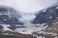 Взгляд glacie в канадских скалистых горах стоковое изображение