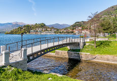 Взгляд Laveno Mombello, Италии Стоковое фото RF