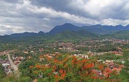 Взгляд Luang Prabang от горы Phousi Стоковые Фото
