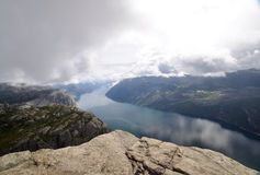 Взгляд Lysefjord от утеса амвона, Норвегии Стоковые Изображения