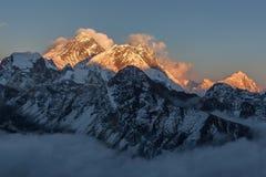 Взгляд Mount Everest от Gokyo Ri Стоковые Фотографии RF