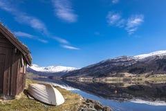 Взгляд Oppheimsvatnet, Voss, Норвегии Стоковое Изображение RF