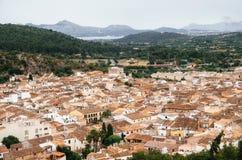 Взгляд Pollensa от Голгофы, Мальорки, Испании стоковое изображение