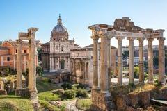 Взгляд Romanum форума от холма Capitoline в Италии Стоковое Фото