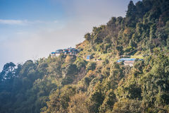 Взгляд Sinuwa на треке базового лагеря Annapurna, Непала стоковое изображение rf
