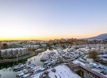 Взгляд Snowy острова Granville в Ванкувере Стоковое Изображение