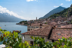 Взгляд sul Garda Limone, озера Garda, Брешии, Италии Стоковые Изображения RF