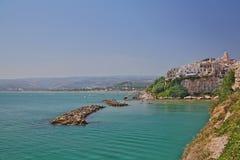 взгляд vieste Италии панорамный puglia Стоковые Фотографии RF