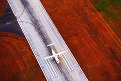 Взлет частного самолета на зоре Стоковое Изображение RF
