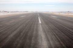 Взлётно-посадочная дорожка авиапорта Стоковые Фото