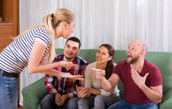 Взрослые играя шарады Стоковые Изображения RF