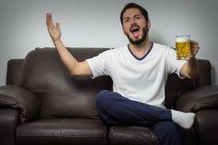 Взрослый жалуясь о недостатке во время спички Стоковое фото RF