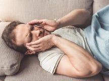 взрослый человек заботливый Стоковая Фотография RF