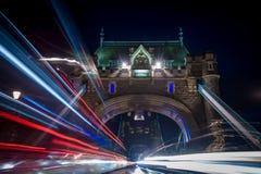Взрыв Лондона моста башни следов Стоковое Изображение