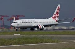 Взлётно-посадочная дорожка самолета Австралии девственницы стоковая фотография rf