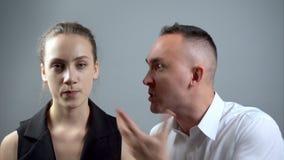 Видео пар во время ссоры видеоматериал