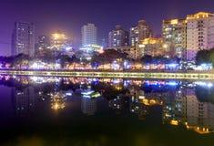 Видимость ночи реки Jinjiang, srgb отображает стоковая фотография rf