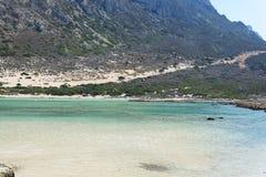 Виды на море, горы и скалистый берег Стоковое Фото