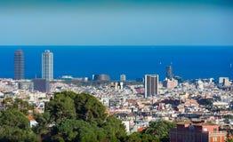 Вид на город Барселоны весь стоковая фотография rf