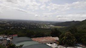 Вид на город от холма стоковое изображение rf