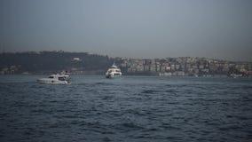 Вид на море bosphorus Стамбула видеоматериал